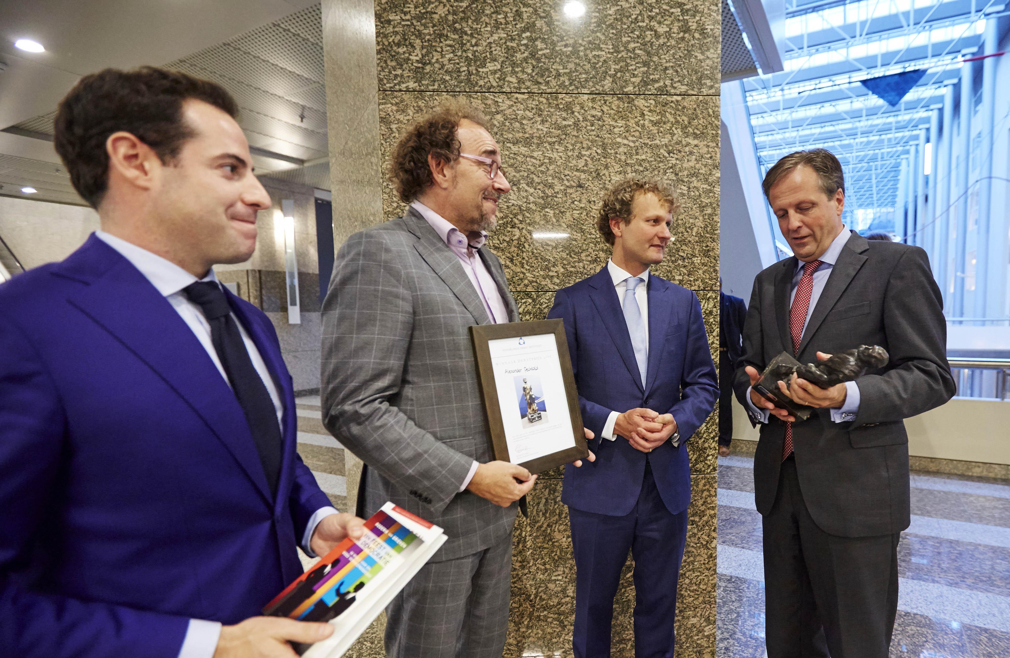Pechtold wint de Debatprijs tijdens de Algemene Politieke Beschouwingen 2014